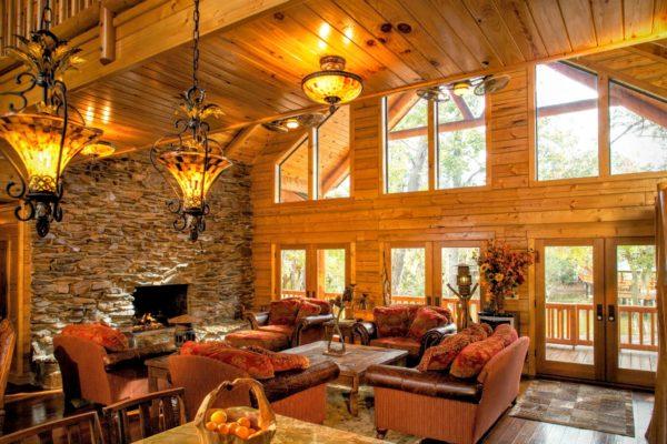 11 Davis living room